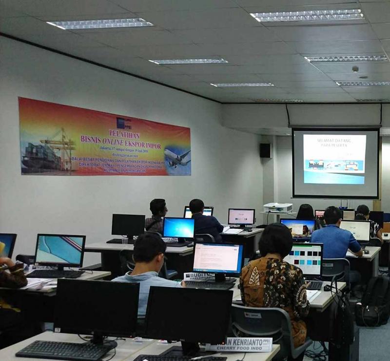 Export Online Jakarta 17 juli 2018